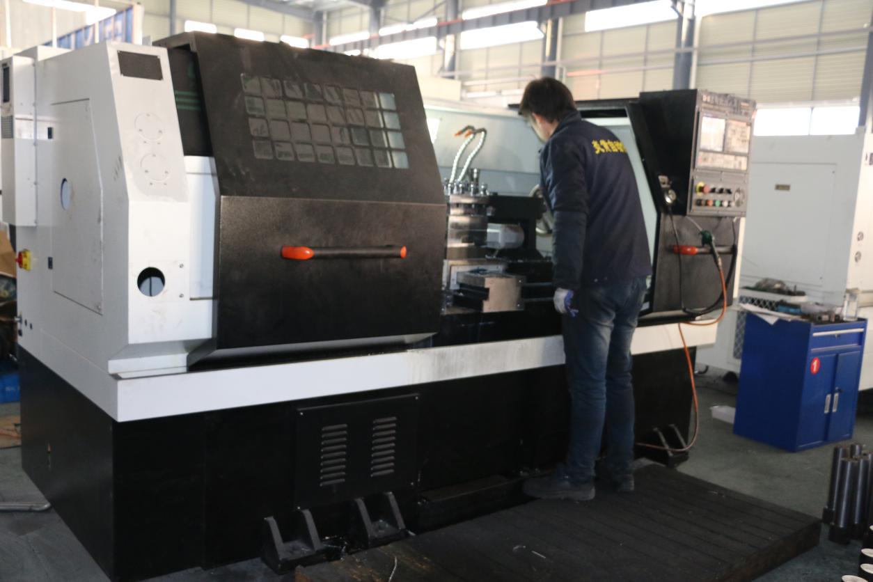 Six-axis gantry machining center